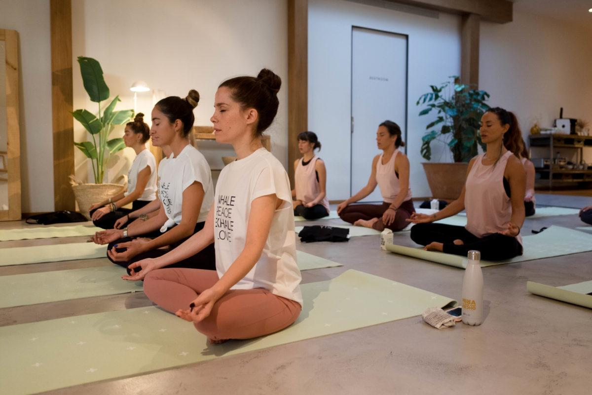 Yoga time con Xuan Lan – Thinking Mu